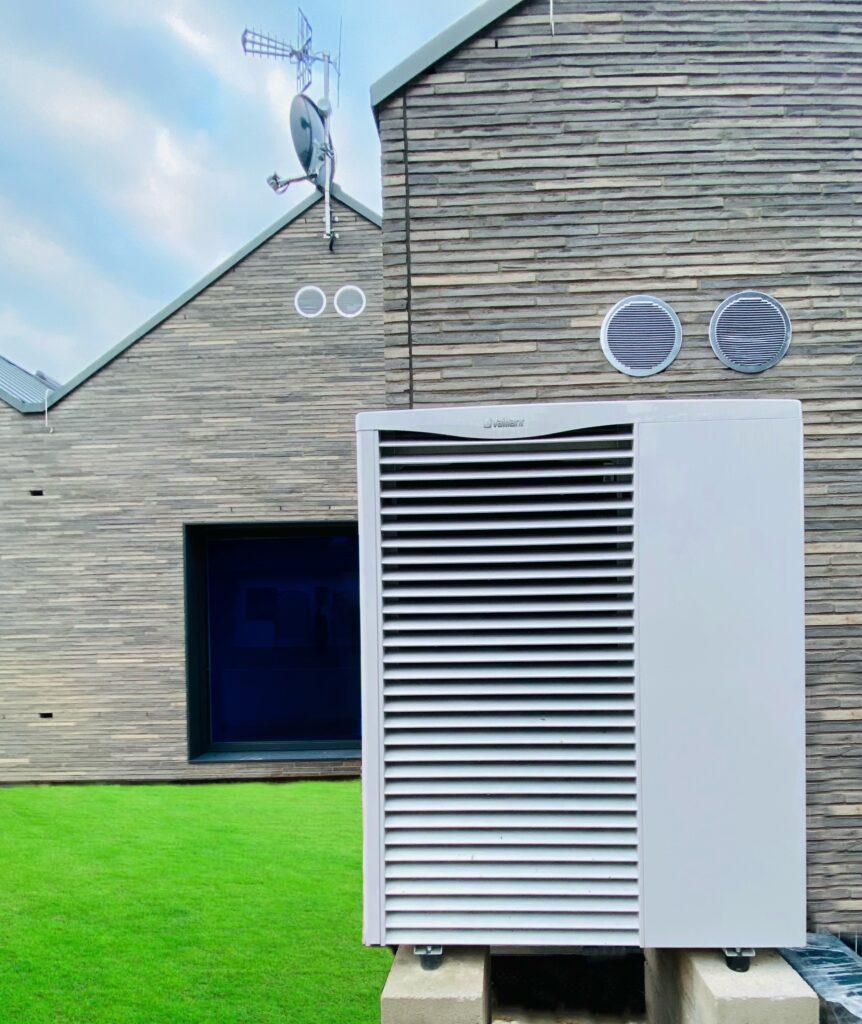 powietrzna pompa ciepła VAILLANT z kotłownią gazową | Szczecin Osów | HMI Szczecin