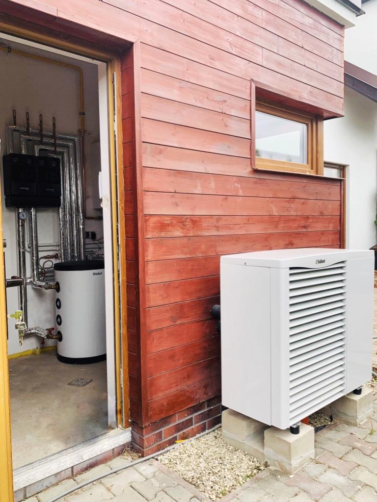powietrzna pompa ciepła VAILLANT z kotłownią gazową | Dobra Szczecińska | HMI Szczecin