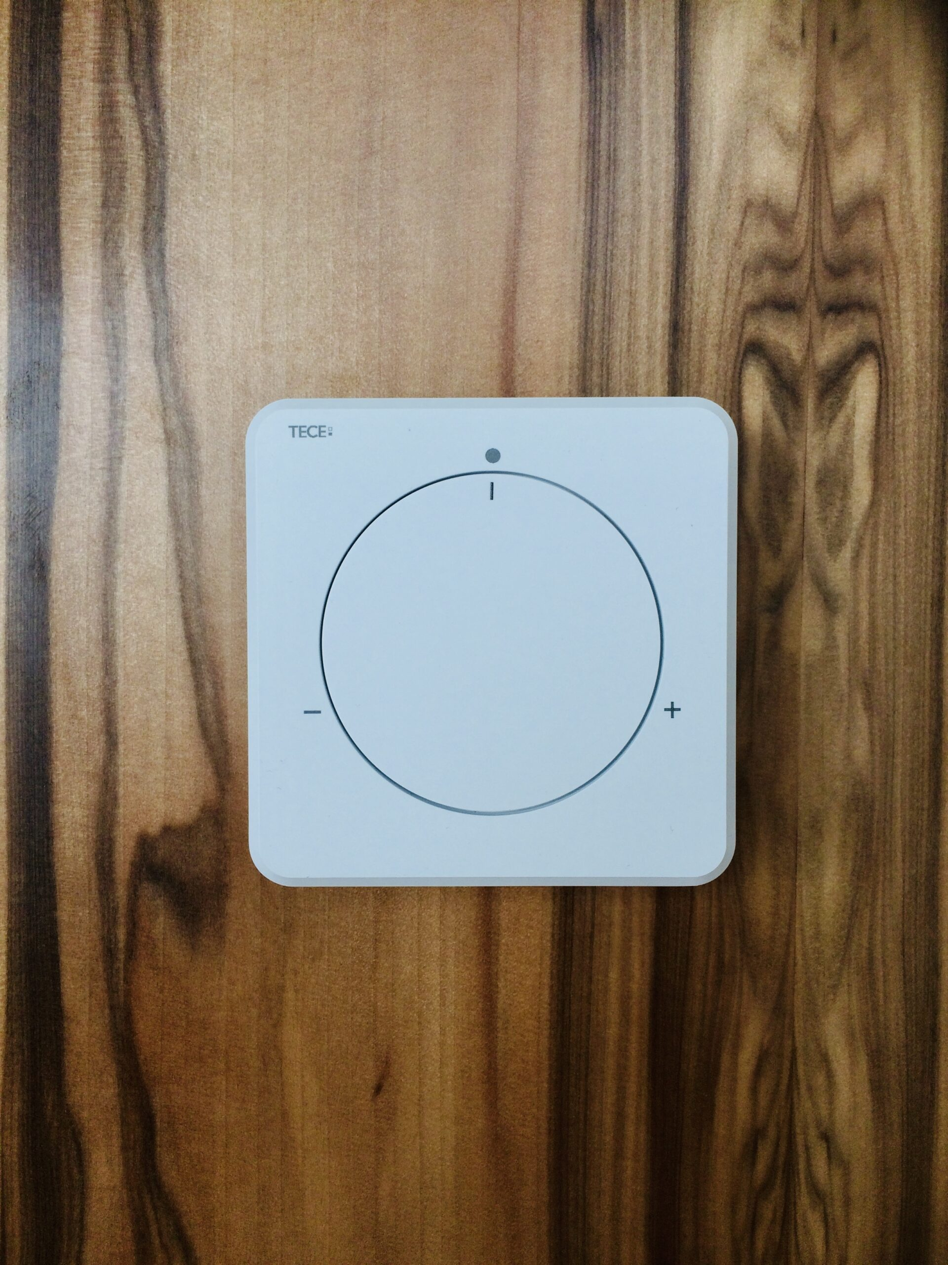 termostat | sterowanie strefowe ogrzewaniem | TECE | HMI Szczecin