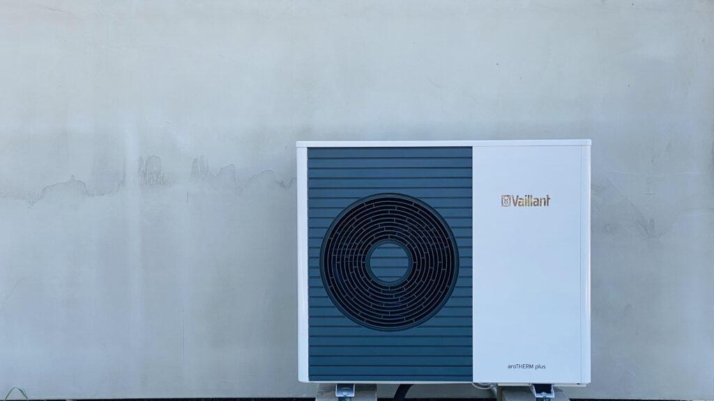 pompa ciepła powietrzna VAILLANT aroTHERM plus monoblok 7kW | HMI Szczecin
