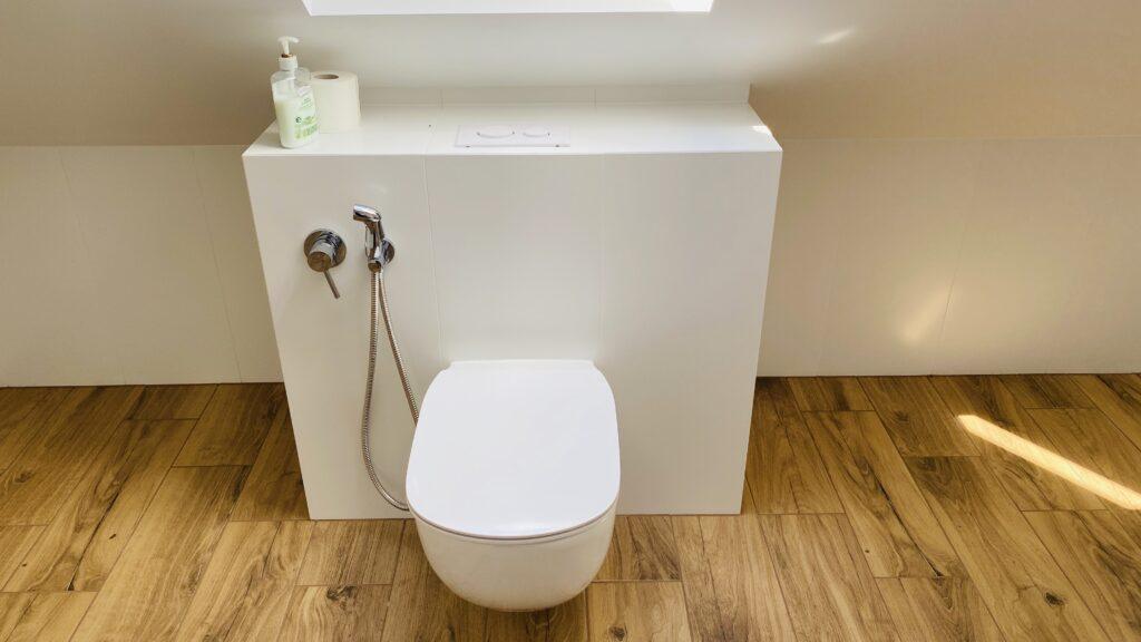 stelaż TECE do WC w niskiej zabudowie z przyciskiem z góry | HMI Szczecin