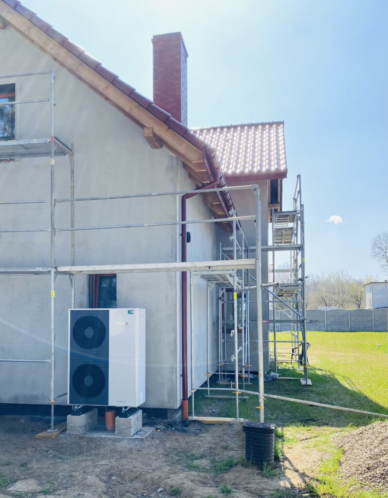 pompa ciepła powietrzna dla budynku w fazie budowy | Płonia | HMI Szczecin